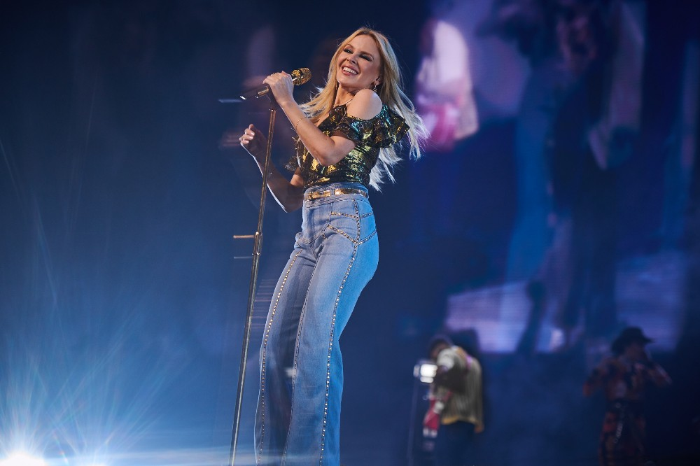 kylie minogue to headline hampton court palace festival 2019 pop scoop music news. Black Bedroom Furniture Sets. Home Design Ideas