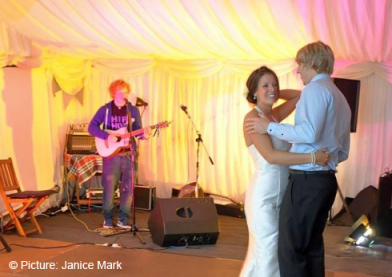 Ed Sheeran From Wedding Singer To Superstar Pop Scoop Music News Interviews Live Sessions